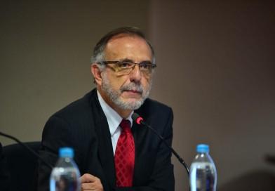 Entrevista de Fernando del Rincón a Iván Velásquez de CICIG en CNN