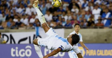Chilena Cristiano Ronaldo vrs Chilena Pescado Ruíz
